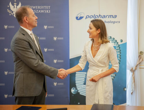 Signing an agreement with Polpharma and the University of Warsaw. Service for the Big Pictures Agency.
